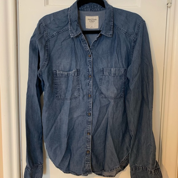 Abercrombie & Fitch Tops - Women's Chambray Jean Button Down Shirt